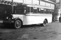 Bus no 19 op station Haarlem in 1935