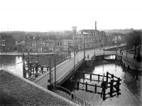 De Langebrug, zicht naar het Rozenprieel Haarlem