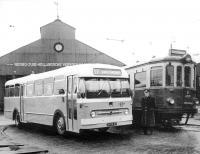 Overgang van tram naar bus 1957